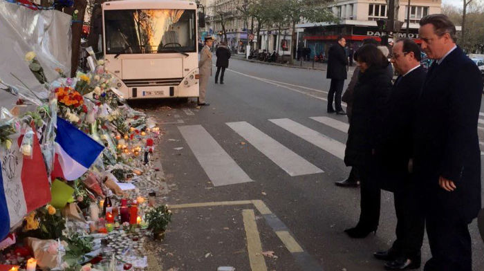 atentate-in-paris-hollande-si-cameron-moment-de-reculegere-la-bataclan