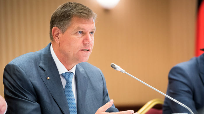 k-iohannis-retrimite-in-parlament-legea-care-elimina-102-taxe-nefiscale