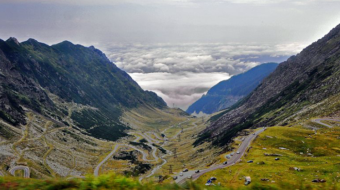 restrictii-de-trafic-pe-transalpina-transfagarasan-si-in-defileul-jiului