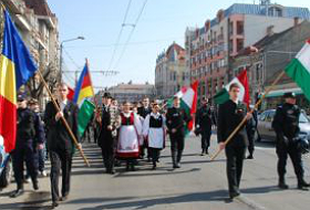 ethnic-hungarians-in-romania-celebrate-national-day-