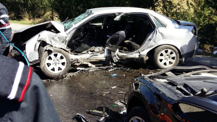 trei-romani-morti-intr-un-accident-auto-in-italia