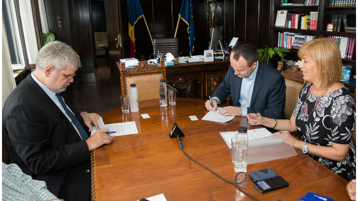 cooperation-agreement-radio-romania-and-ep-information-office-in-bucharest