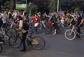 protest-al-biciclistilor-in-bucuresti