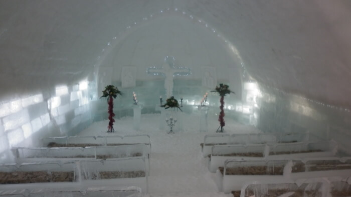 opening-soon-ice-church-on-top-of-highest-romanian-mountains