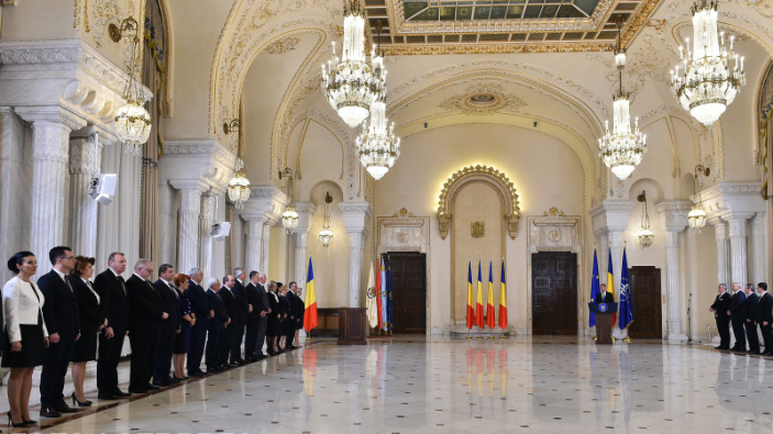new-romanian-government-gets-parliament-approval-