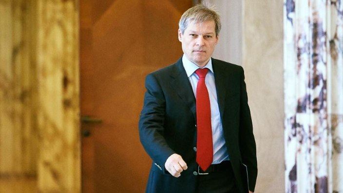 dacian-ciolos-elected-leader-of-renew-europe-group-in-the-ep