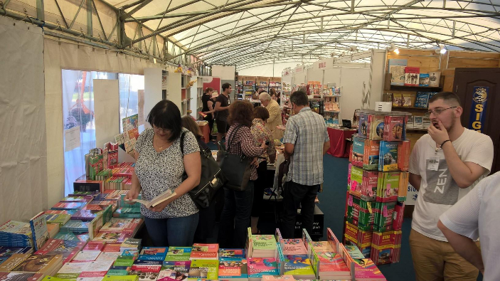 850-record-number-of-events-at-gaudeamus-radio-romania-book-fair-2016