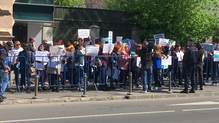 protest-al-biologilor-si-chimistilor