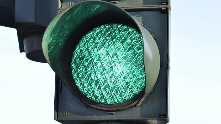 bucharest-traffic-lights-hacked