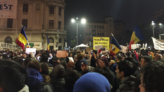 incidente-la-un-protest-in-piata-universitatii-din-bucuresti